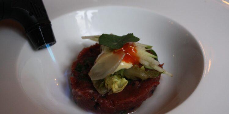 Herberg De Zoelensche Brug - steak tartaar