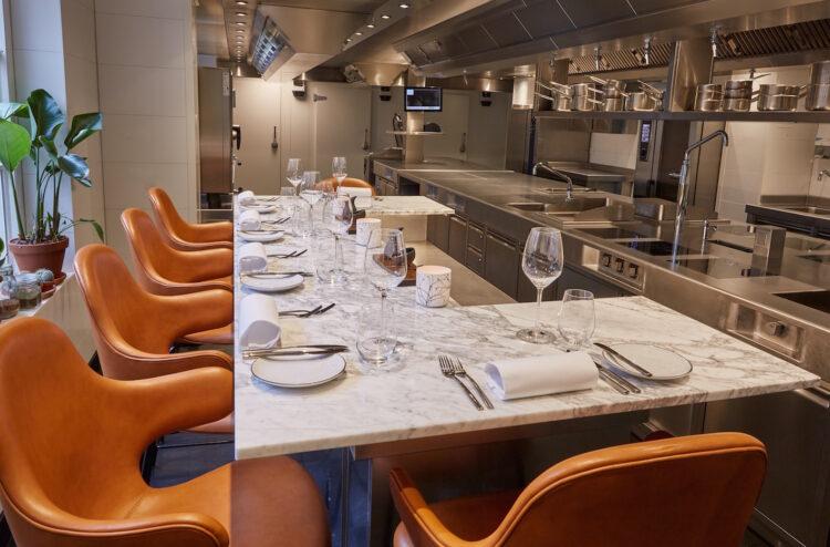 BRIDGES_Chef's Table3 (Michael Graste)